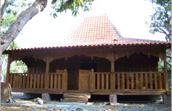 central java house