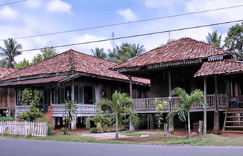 lampung wooden house