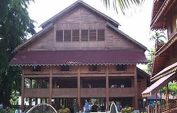 south east sulawesi house